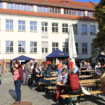 ...und auf dem Reisemarktplatz im Innenhof